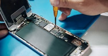 Risques à réparer son iPhone soi même